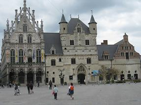Mechelen - Grote Markt - Stadthuis