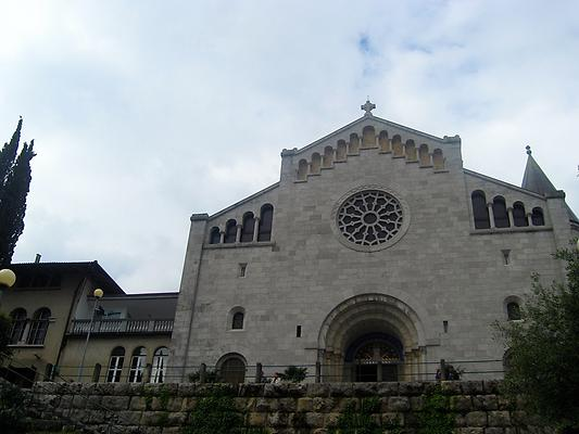 Church of Our Lady of the Annunciation, Opatija, Croatia. 2014. Photo: Clara Schulte