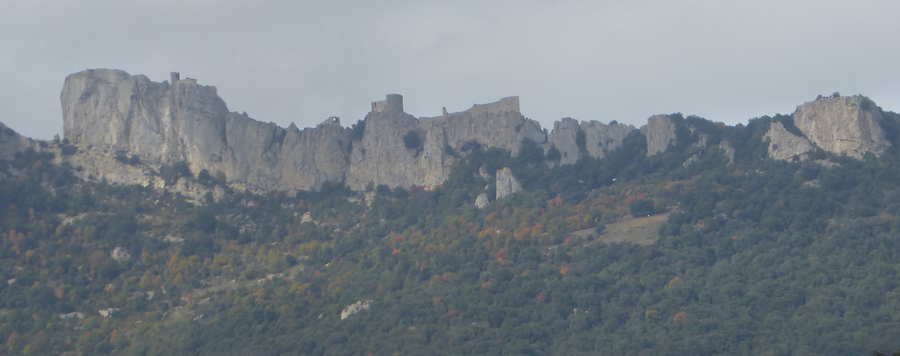 Peyrepertuse from Cucugnan, Photo: H. Maurer, 2015