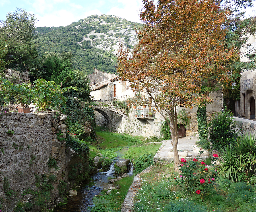 Stroll through Saint Guilhem, Photo: H. Maurer, 2015