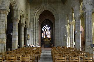 Pont-Croix - Notre Dame; Inside (1)