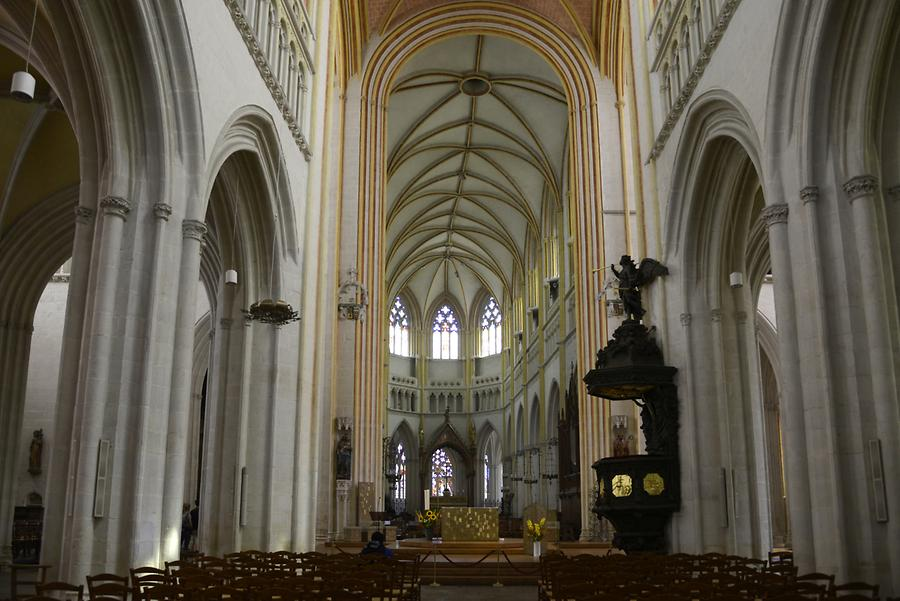 Quimper - Cathedral; Inside