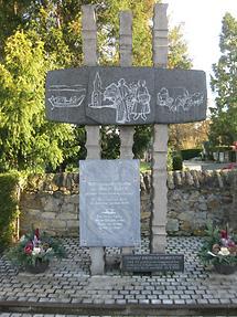 Bad Schönborn Churchyard