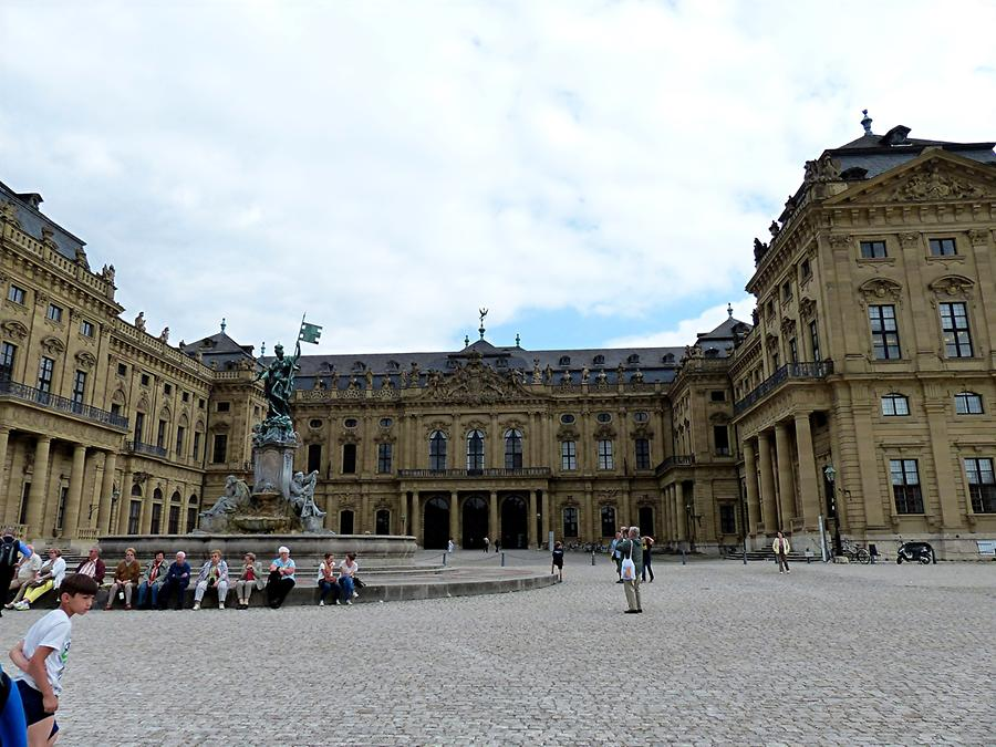 Würzburg - Residency and Fountain