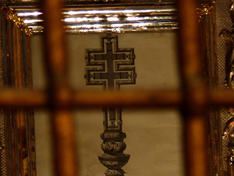 Brescia - Old Cathedral, Cross Relic