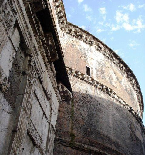 Pantheon in Rome (1)