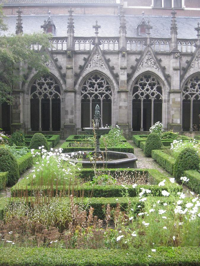 Utrecht - Cathedral, Cloister