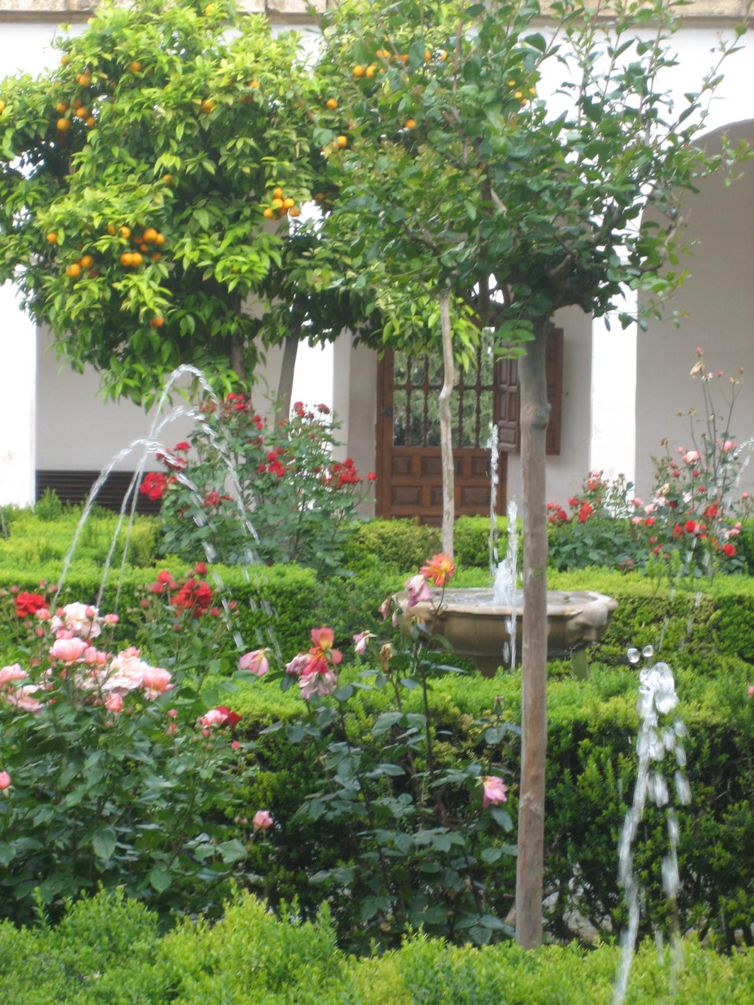 Granada palacio de generalife jardin 7 andalusia for Jardin de gomerez granada
