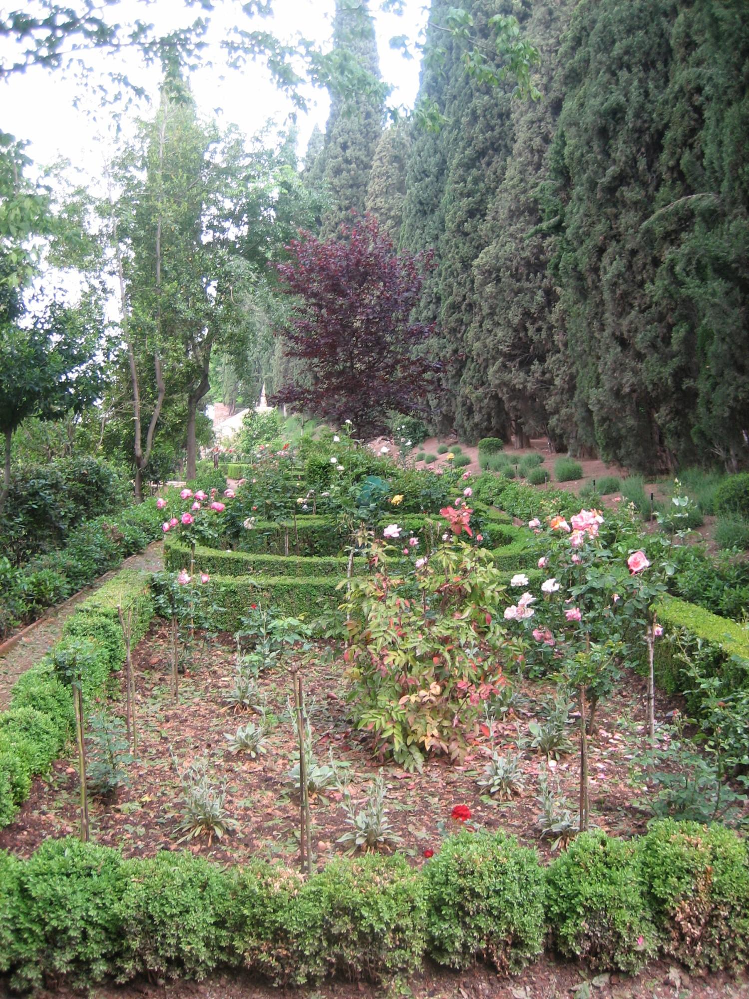 Granada palacio de generalife jardin 9 andalusia for Jardin de gomerez granada