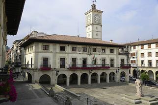 Guernica Main Square (1)