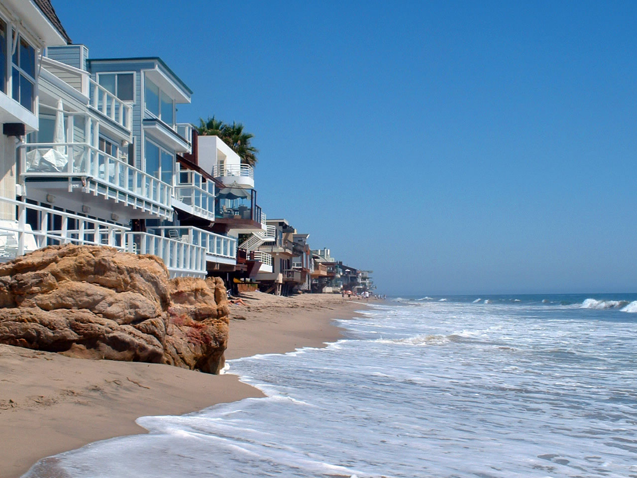Los angeles aufsatzsammlung sparkling science for Malibu california beach houses