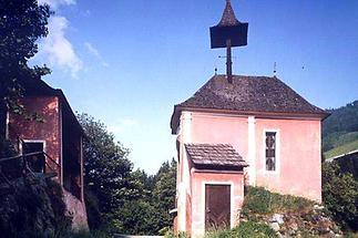 Geteilte Kirche am Kreuzbichl