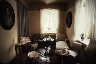 Teesalon im ehemaligen Jagdschloss Mayerling