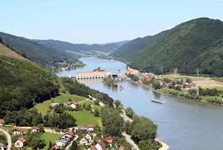 Engelhartszell an der Donau - Donaukraftwerk Jochenstein