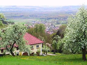 Langenstein - mit Blick vom Frankenberg auf Dorf Gusen