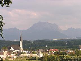 Schwanenstadt - Traunsteinblick auf Schwanenstadt