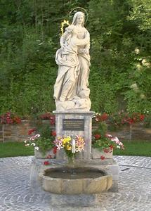 Naintsch Kirchplatz Heilbrunn