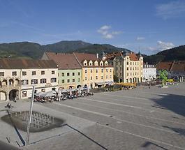 Hauptplatz neu