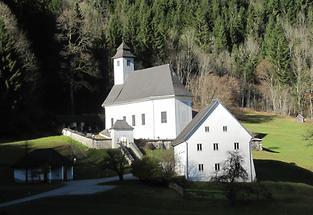 Kirche Herbst