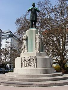 Denkmal am Luegerplatz, Photo: Peter Diem