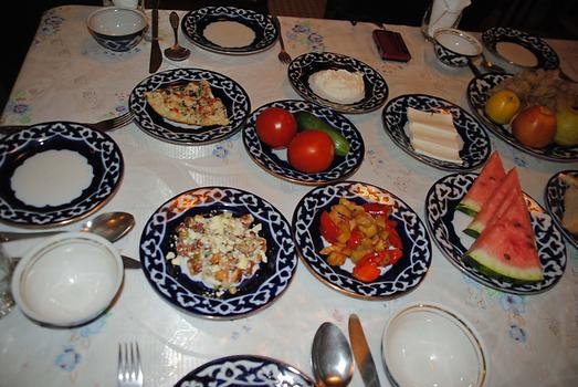 uzbek meals essay Mongolia food - discover mongolia people prefer to drink with a bit more salt and others prefer to drink it with less salt milk tea is served with many meals.