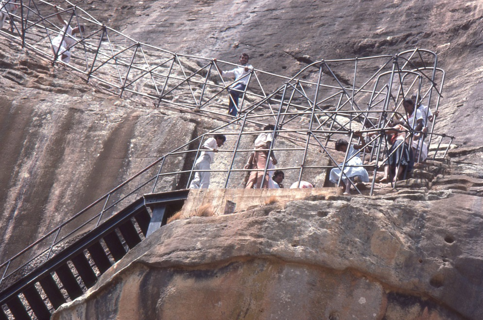Tourism In Sri Lanka Essays