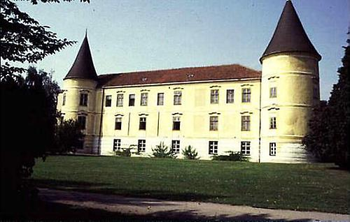 schloss milkersdorf forum devot