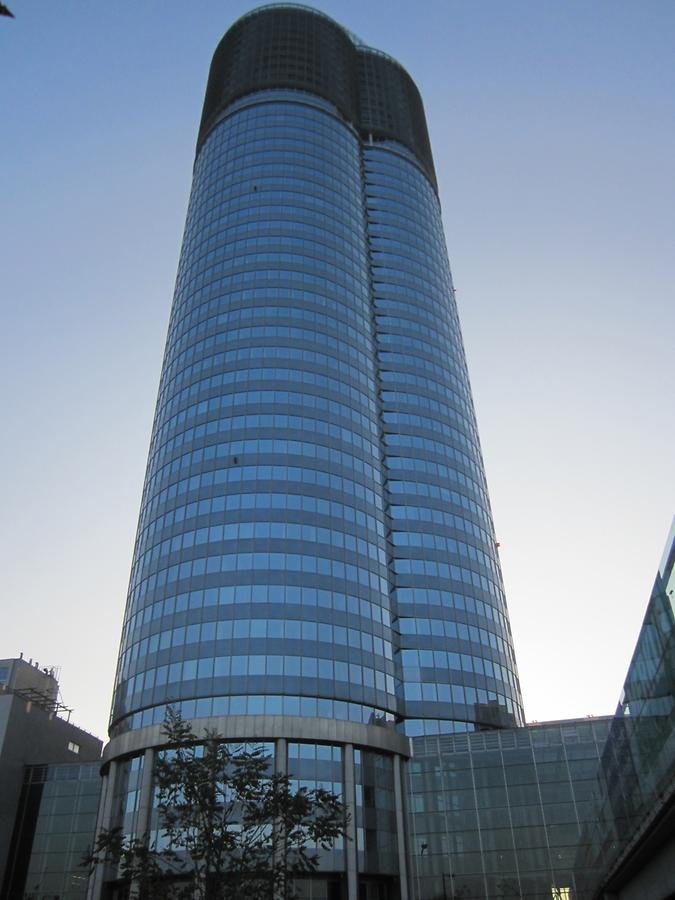 Millenium-Tower