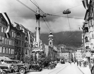 Maria Theresienstrasse in Innsbruck, © IMAGNO/Austrian Archives (S)