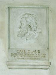 Carl Claus, Porträtrelief