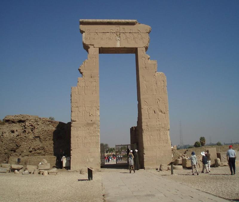Temple of Hathor (2)