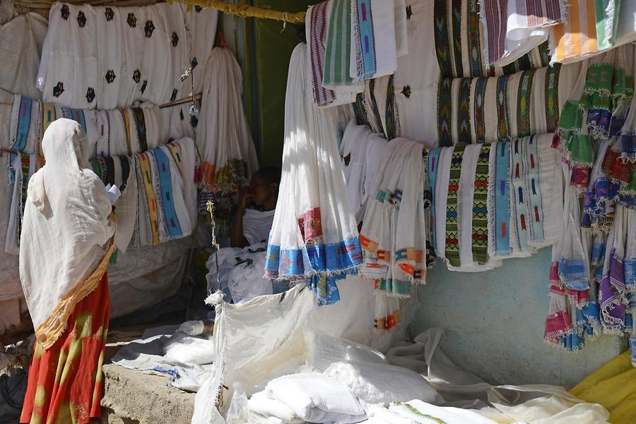 Axum - Clothes Market