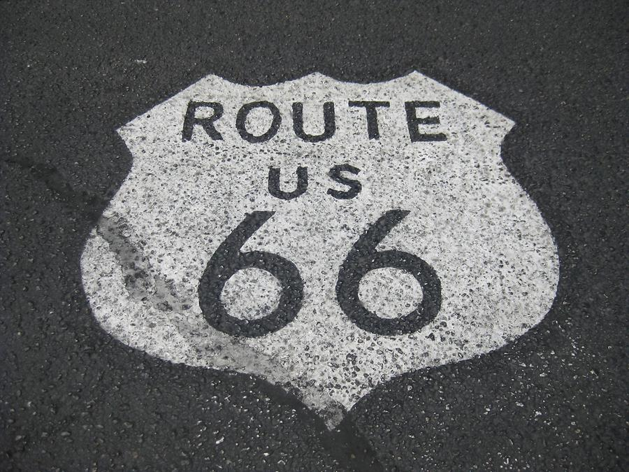 Kingman Route 66 Logo