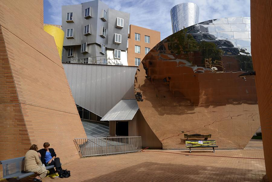 Cambridge - Massachusetts Institute of Technology; Ray and Maria Stata Center
