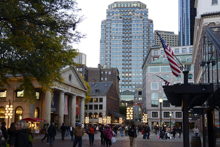 Quincy Market and Strolling Promenade