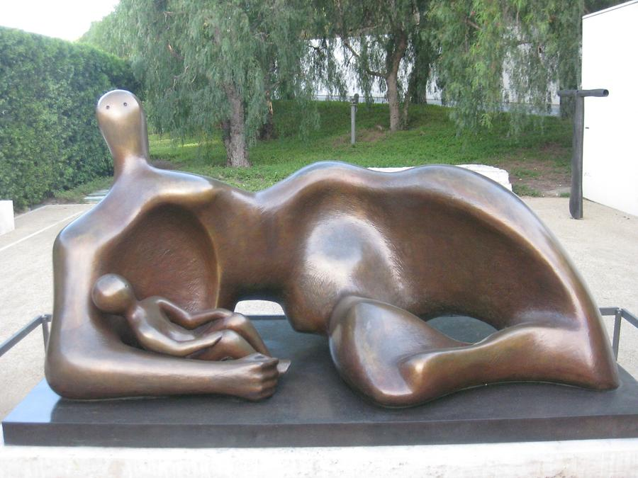 LA Getty Center Sculpture Garden Mother and Baby Henry Moore