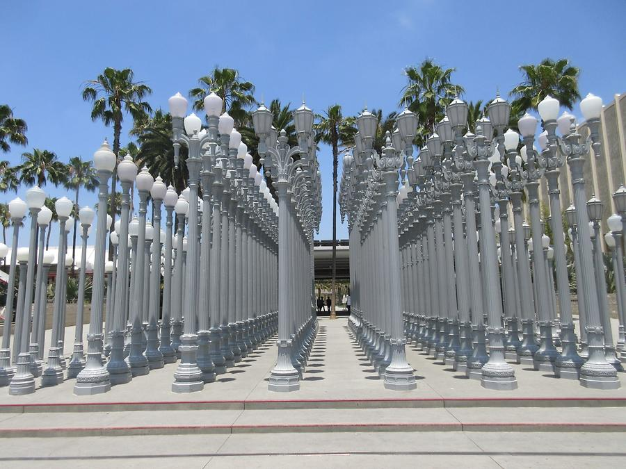 LACMA - 'Urban Light' by Chris Burden 2008