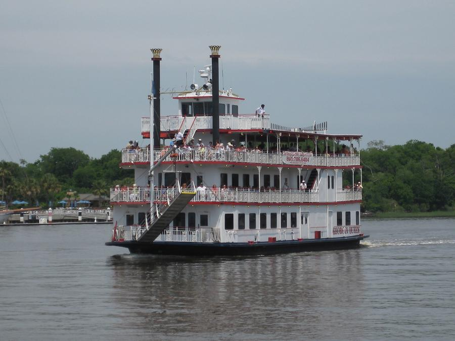 Savannah River Georgia Queen