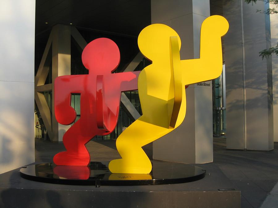 NYC Battery Park City Two Dancing Figures von Keith Haring