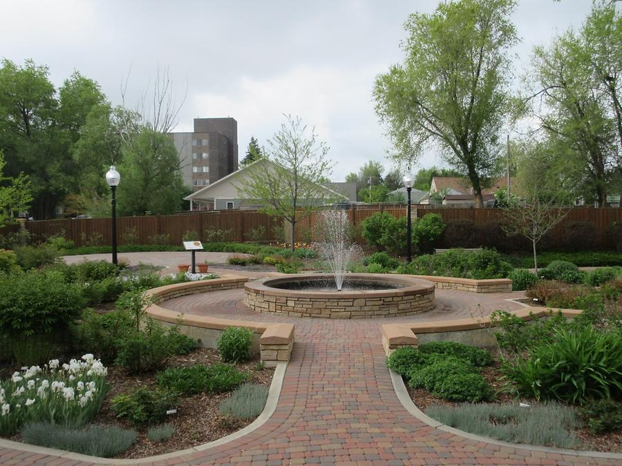 Sheridan - Whitney Commons Park - Dorothy King Reflective Garden - Labyrinth