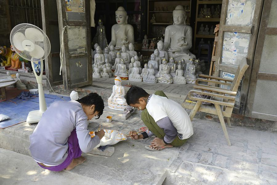 Stonemasons Mandalay