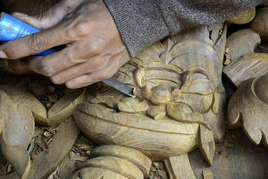 Wood Carver Mandalay