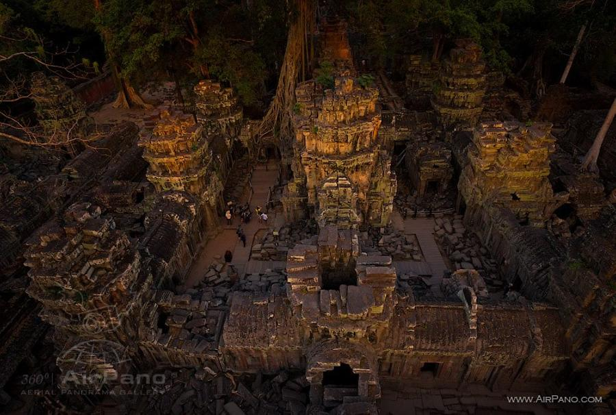 Ta Prohm in the evening