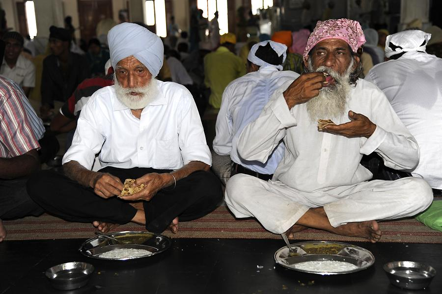 Golden Temple - Mealtime!
