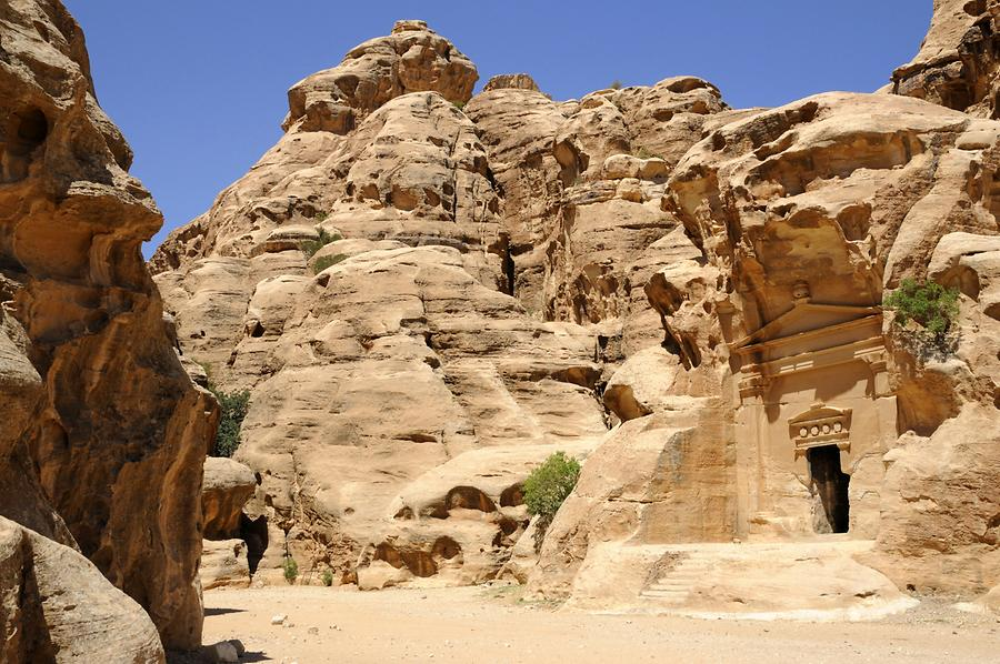 Temple Little Petra