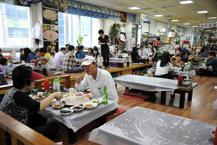 Restaurant at the Jagalchi fish market