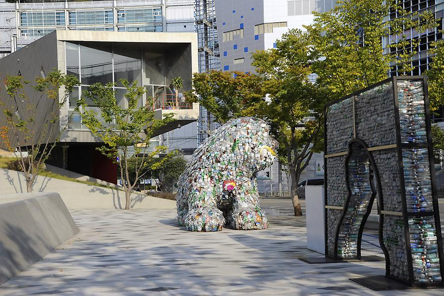 Art at Dongdaemun park (6)