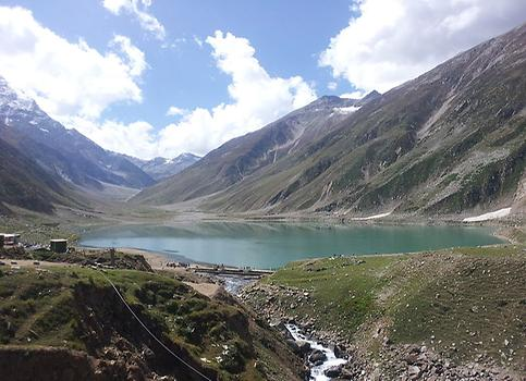 Lake Saif ul Mulook in Kaghan Valley, Photo: Faizan Farooq .From Wikicommons