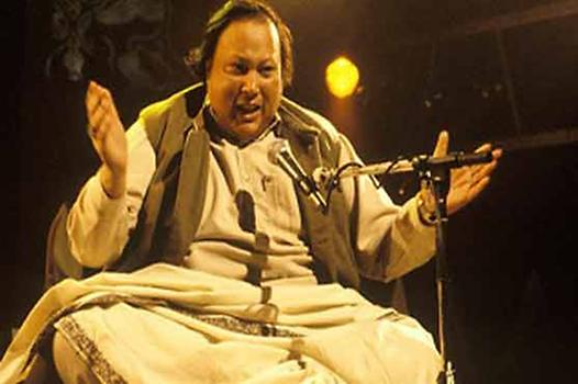Nusrat Fateh Ali Khan, Photo: Wallpapers-web