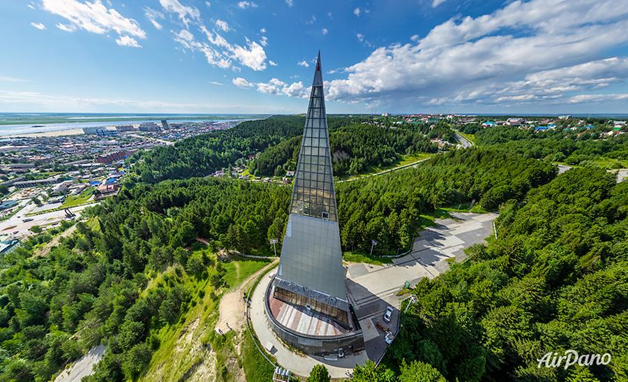 Monument dedicated to the Yugra Land Discoverers, © AirPano